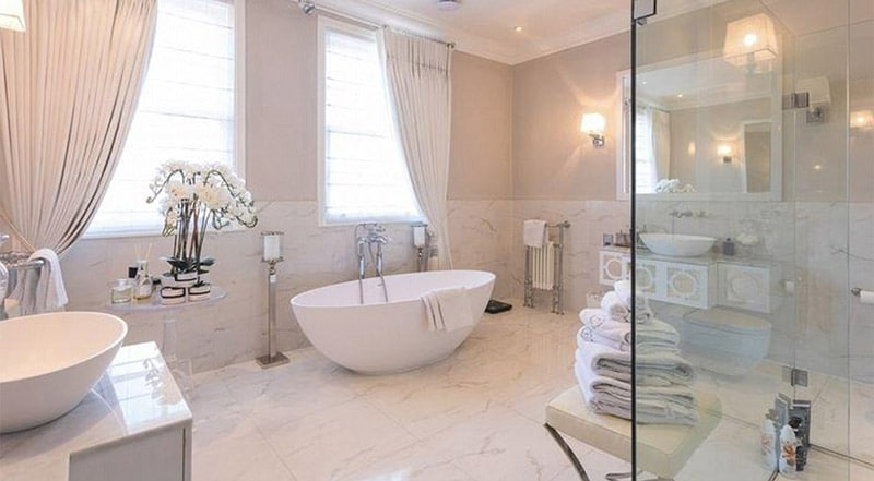 cuarto de baño mansion de Gareth Barry